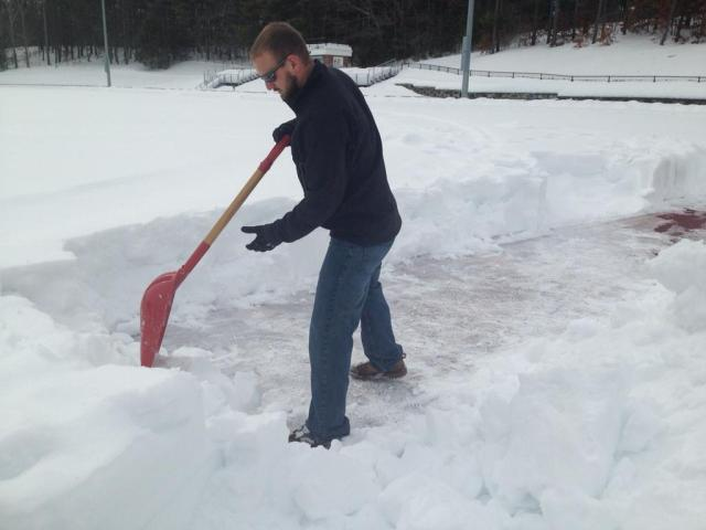snow_shovel